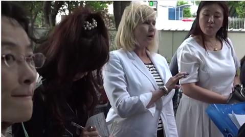 Kelly Hampton, Energy Healer, Teaching in Japan