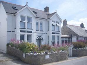 Kelly Hampton energy healing retreat in Cornwall