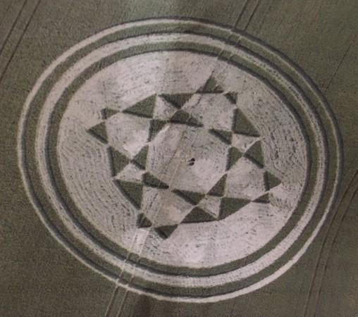 Danesbury Hill crop circle